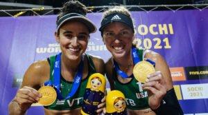Sarah Sponcil and Kelley Claes