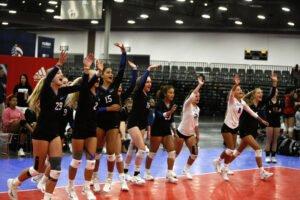 Girls waving in intros at GJNC