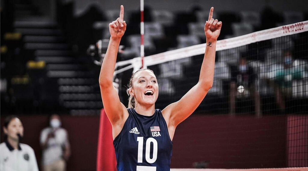 Jordan Larson Named Sportswoman of the Year